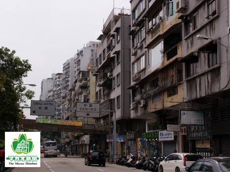 古いマンションが多く建ち並ぶマカオ半島旧市街地(イメージ)―本紙撮影