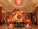 各カジノリゾートホテルは華やかなデコレーションで新春ムードを演出 (c) StarWorld Hotel