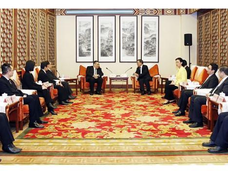 崔行政長官、広東省指導部と会談―連携強化確認