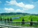ロータスブリッジから見たシーザースゴルフ―本紙撮影