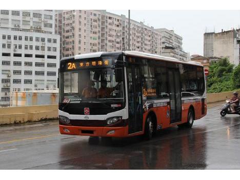 路線バス利用者増、1日45万人に—13年第2四半期