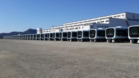 軌道上で試験を行うマカオLRT列車(写真:運輸基建辦公室)