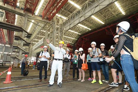 海底トンネル用の円筒型ユニット製作工場(写真:新聞局、9月24日撮影)