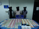 逮捕された機内窃盗団の男3名(写真:治安警察局)