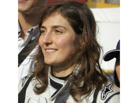 21歳美女レーサーに注目集まる 世界最高峰F3マカオGPに31年ぶり女性参戦