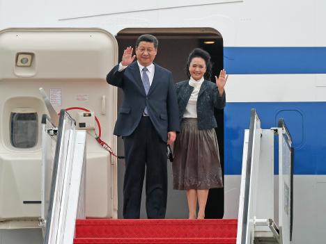 習国家主席マカオ到着「一国二制度」の意義強調=あす返還15周年記念式典出席