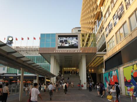 「SHIBUYA109」海外1号店が出店を予定している香港のショッピングモール「ハーバーシティ」外観(資料写真)—本紙撮影