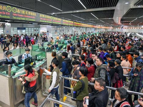 旧正月連休の中国人旅客動向、14万人が海外、56万人が香港・マカオへ向け出発