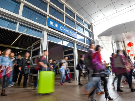 中国本土旅客のマイナス響く、3月訪マカオ旅客数13.5%減の227万人=12年10月以来最低