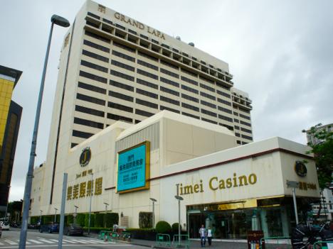 カジノ売上停滞のマカオ、一部VIPルーム業者が「逆張り」戦術で拡大図る