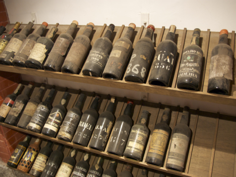 マカオの輸入ワイン市場、フランス産がシェア8割=旧宗主国ポルトガル産は5%と影薄く