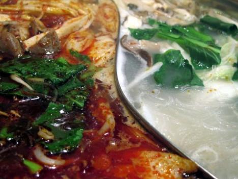 台湾、市販の「鍋の素」6割で誤表示=ベジタリアン用に動物由来成分混入も