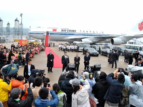 コックピット内で煙、中国国際航空B737-800型機が緊急着陸=乗客乗員全員無事