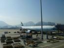 香港国際空港に駐機中のキャセイパシフィック航空機(資料)—本紙撮影