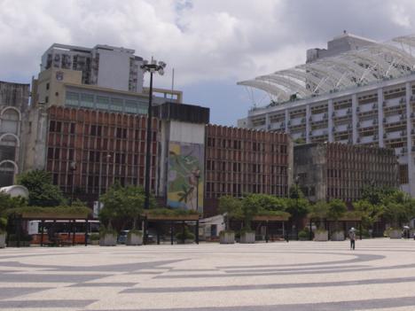 塔石広場のエストリルホテル跡地再開発、青少年向け芸術教育センター建設へ=マカオ