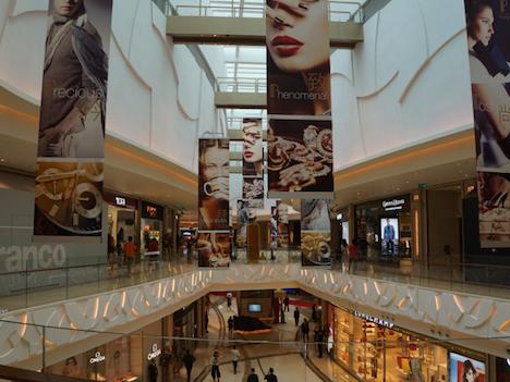 マカオIR施設、ノンゲーミング売上の伸び顕著、カジノ売上成長率の10倍に