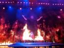 ショーのイメージ。炎の中に現れるフランツ・ハラレー氏(写真:Studio City Macau)