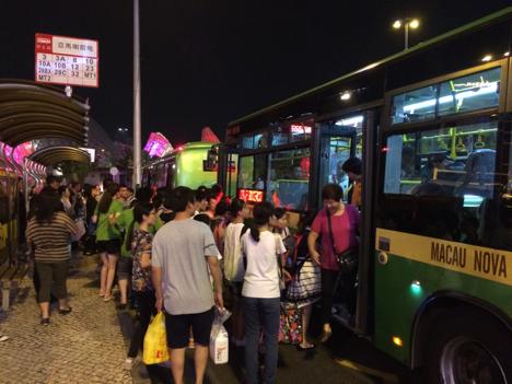 マカオの公共バス40路線、旧暦大晦日に終発繰り下げへ=深夜バスは増発