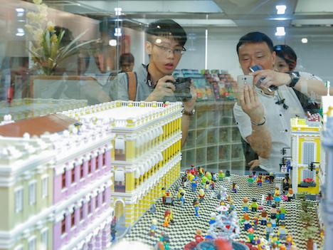 「マカオ×レゴ展」開幕、世界遺産やグランプリを認定プロがブロックで再現=12月28日まで