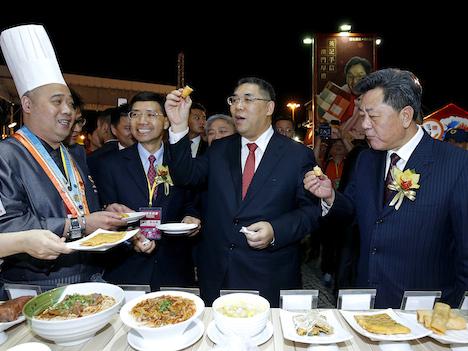 マカオフードフェスティバル開幕、過去最大規模=韓国屋台村を誘致