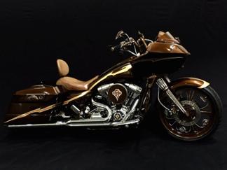 マカオにヘビーメタルバイク展示施設オープン