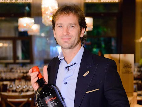 幻の優勝から20年…ヤルノ・トゥルーリ氏がGP開催月のマカオを再訪=ワイン生産者として
