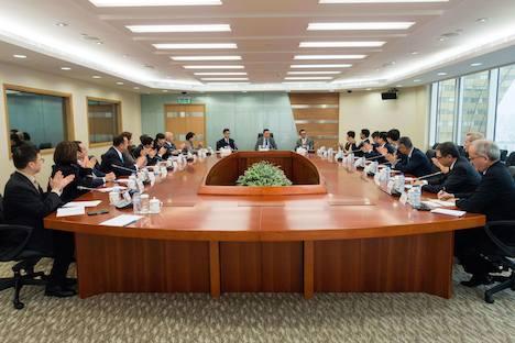 マカオカジノ監理部門DICJのチャン新局長、カジノ6陣営代表と初対面