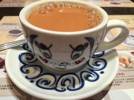 「香港式ミルクティー」の便秘解消効果が話題に
