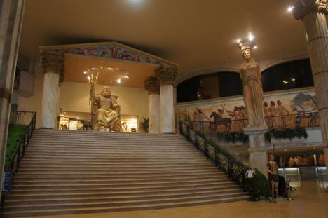 マカオ「ギリシャ神話カジノ」が突然閉鎖=1997年開業の老舗