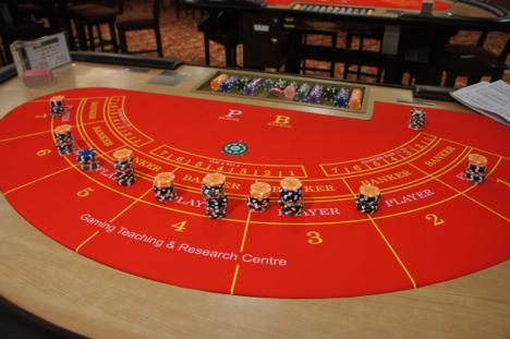 マカオ、カジノ売上に占めるVIPルーム比率上昇続く…17年第3四半期