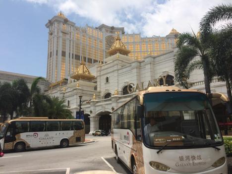 マカオのカジノ無料シャトルバス路線1割減=当局の要請受け統廃合実施
