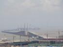 建設中の港珠澳大橋。手前がマカオ側出入橋施設(資料)=2016年7月-本紙撮影