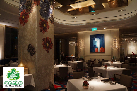 最新のミシュランガイド香港マカオ版で1つ星評価を獲得したイタリアンレストラン、オット・エ・メッツォ・ボンバーナのインテリア-本紙撮影