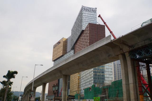 マカオ版ゆりかもめ、タイパ線9.3キロの高架軌道と駅舎構造工事が完成…先行着工部=2019年開通目標