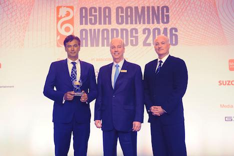 第1回「アジアゲーミングアワード2016」表彰式の様子。ベストIR賞を受賞したマカオのカジノ大型IRギャラクシーマカオ(資料)=2016年5月17日(写真:Galaxy Entertainment Group)