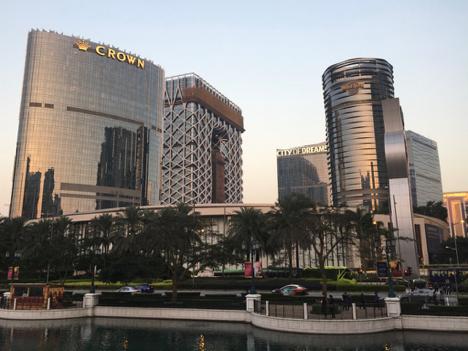 マカオカジノ大手メルコ・リゾーツ&エンターテイメントが17年第3四半期業績発表…増収増益、VIPルーム売上が寄与