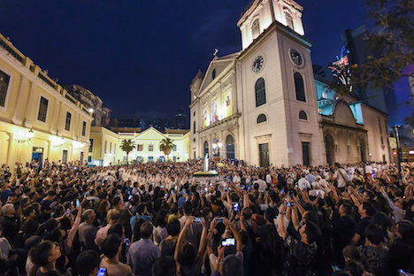 マカオ、カトリック行事「ファティマ聖母の行列」開催…聖母出現「ファティマの奇跡」100周年