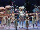 第31回マカオ国際音楽フェスティバルの開幕作品、オペラ『アンドレア・シェニエ』の1シーン(写真:ICM)