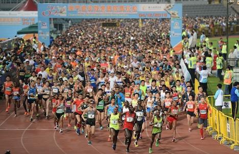 マカオ国際マラソンの一般参加枠2割増…1万2000人分に=健康ブームで人気高まる