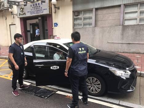マカオの悪質タクシー運転手、乗客の忘れ物のスマホ返却に高額要求…脅迫容疑で逮捕