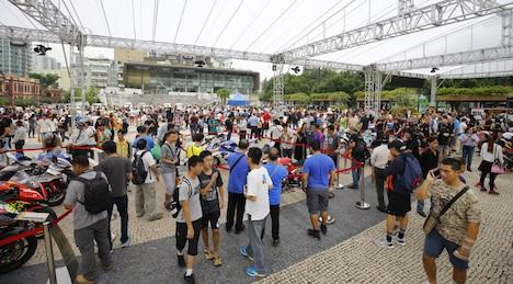 第64回マカオグランプリ開幕間近…市街地中心部でレーシングカー展示イベント始まる