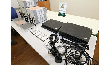 マカオ司法警察局が押収した基地局設備=2018年1月10日(写真:マカオ司法警察局)
