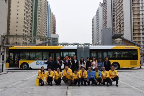 マカオ初の「連節バス」デビュー…全長18メートル定員120人