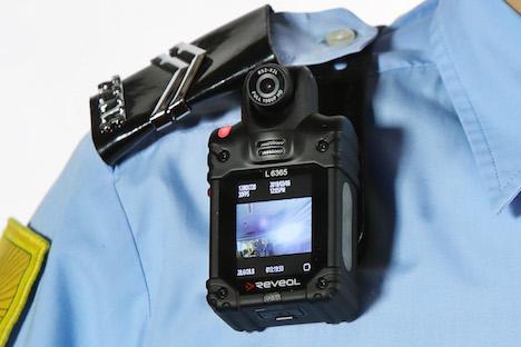 マカオ治安警察局が導入する携帯用ビデオカメラ(写真:マカオ治安警察局)