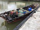 密航に使われた木製のモーターボート(写真:澳門海關)