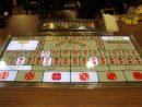 シックボー(大小)のゲーミングテーブルのイメージ(資料)=マカオ理工学院ゲーミングティーチング&リサーチセンターの模擬カジノ施設にて本紙撮影