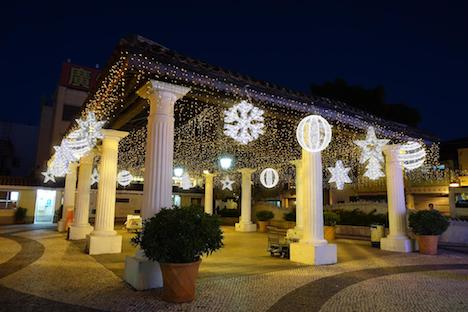 タイパヴィレッジの嘉模墟(Feirado Carmo)に設置されるクリスマス装飾のイメージ(写真:IACM)