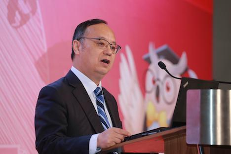 「レスポンシブルゲーミングシンポジウム2018」開会の挨拶に臨むマカオ大学の宋永華学長=2018年12月18日、JWマリオットホテルマカオ(写真:Univercity of Macau)