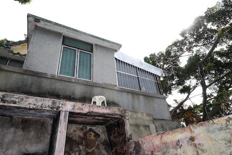 マカオの文化財「漁翁街天后古廟」で確認された無許可の改装工事の例(写真:ICM)