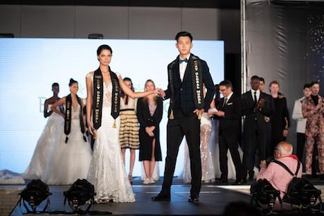 第3回ベスト・グローバル・モデル・オブ・ザ・イヤーでベストキャットウォーク賞を獲得したマカオ代表の陳健城さん(写真:CPTTM)